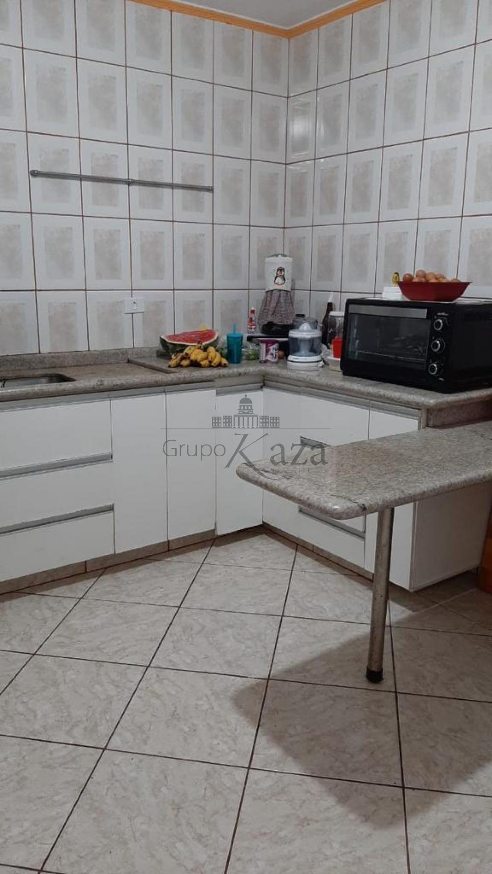 alt='Comprar Casa / Padrão em São José dos Campos R$ 320.000,00 - Foto 2' title='Comprar Casa / Padrão em São José dos Campos R$ 320.000,00 - Foto 2'