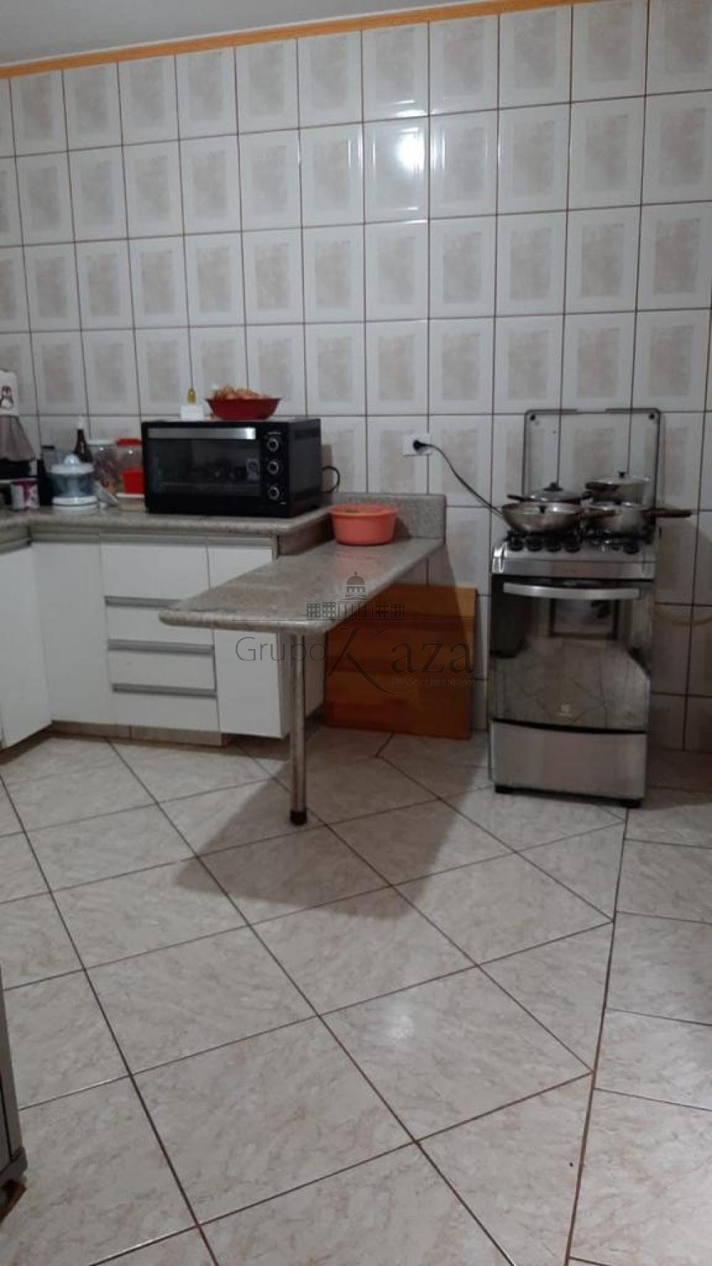 alt='Comprar Casa / Padrão em São José dos Campos R$ 320.000,00 - Foto 3' title='Comprar Casa / Padrão em São José dos Campos R$ 320.000,00 - Foto 3'