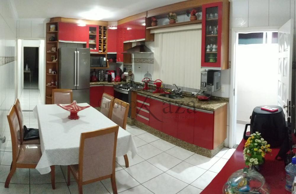alt='Comprar Casa / Sobrado em São José dos Campos R$ 390.000,00 - Foto 3' title='Comprar Casa / Sobrado em São José dos Campos R$ 390.000,00 - Foto 3'
