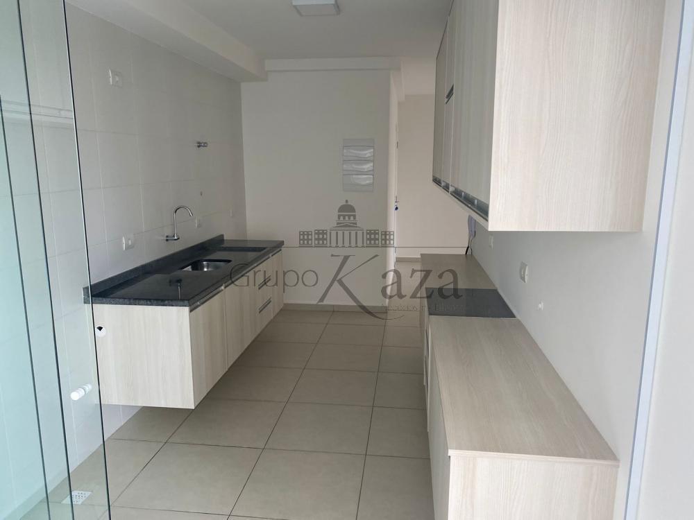 alt='Alugar Apartamento / Padrão em São José dos Campos R$ 2.700,00 - Foto 8' title='Alugar Apartamento / Padrão em São José dos Campos R$ 2.700,00 - Foto 8'