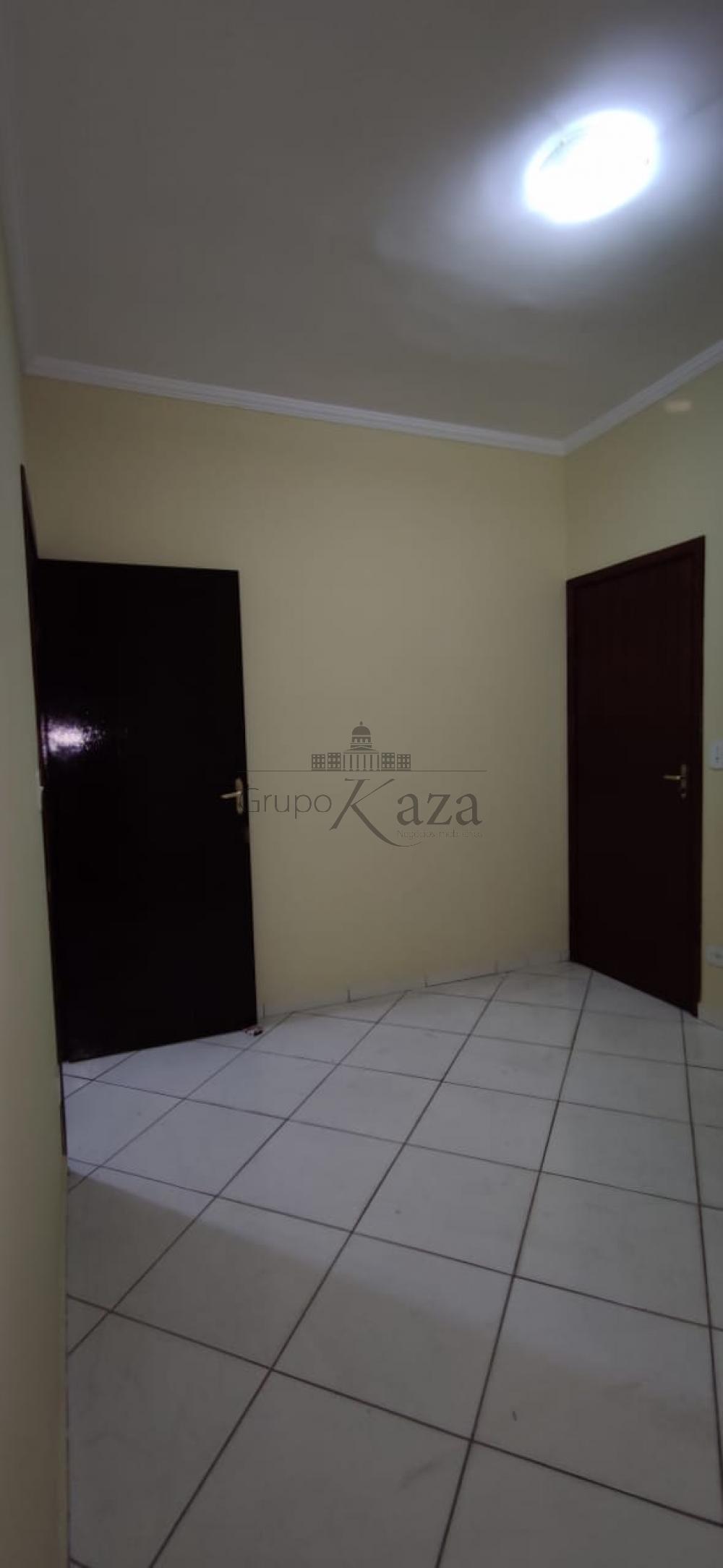 alt='Comprar Casa / Sobrado em São José dos Campos R$ 430.000,00 - Foto 18' title='Comprar Casa / Sobrado em São José dos Campos R$ 430.000,00 - Foto 18'