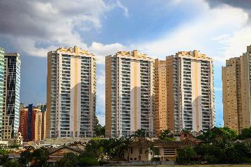 Comprar Apartamento / Padrão em São José dos Campos apenas R$ 1.850.000,00 - Foto 1