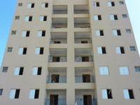 Alugar Apartamento / Cobertura em Jacareí. apenas R$ 1.100,00