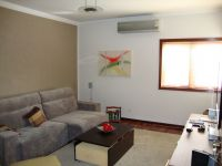 Jacarei Vila Zeze Casa Venda R$1.000.000,00 Condominio R$440,00 3 Dormitorios 4 Vagas Area do terreno 375.00m2 Area construida 248.00m2