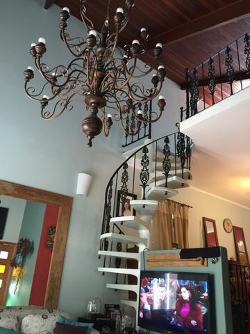 Alugar Casa / Condomínio em São José dos Campos. apenas R$ 3.100,00
