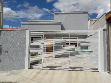 Alugar Casa / Padrão em Jacareí. apenas R$ 298.000,00