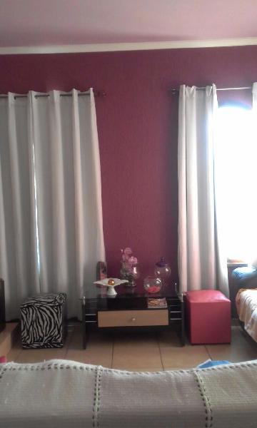Alugar Casa / Padrão em São José dos Campos. apenas R$ 900,00