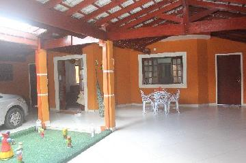 Alugar Casa / Padrão em Jacareí. apenas R$ 370.000,00
