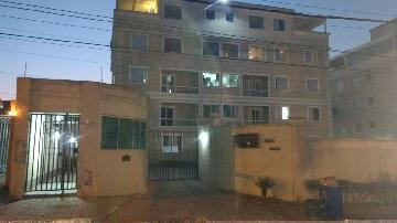 Alugar Apartamento / Padrão em São José dos Campos. apenas R$ 890,00