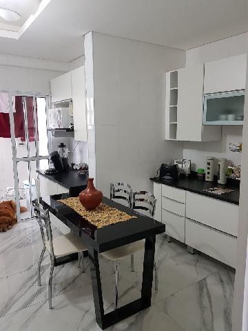 Alugar Apartamento / Padrão em São José dos Campos. apenas R$ 2.500,00