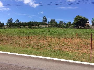 Alugar Terreno / Condomínio em Jambeiro. apenas R$ 160.000,00
