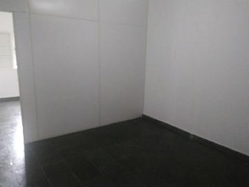 Alugar Casa / Sobrado em Jacareí apenas R$ 900,00 - Foto 2