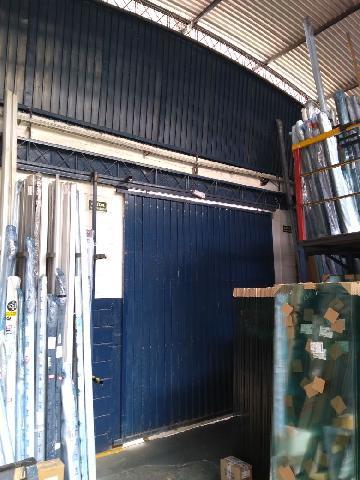 Alugar Comercial/Industrial / Galpão em São José dos Campos R$ 16.000,00 - Foto 3