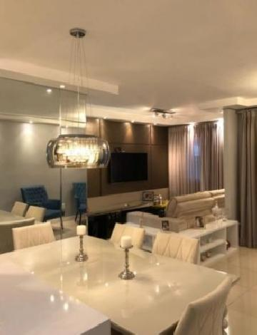 Alugar Apartamento / Padrão em São José dos Campos. apenas R$ 369.000,00