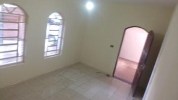 Alugar Casa / Padrão em São José dos Campos. apenas R$ 1.150,00