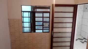 Casa / Edicula em São José dos Campos Alugar por R$600,00