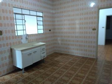 Casa / Padrão em São José dos Campos Alugar por R$1.200,00