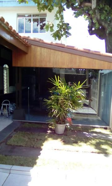 Casa / Padrão em São José dos Campos , Comprar por R$742.000,00