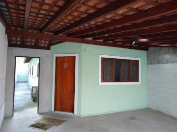 Casa / Padrão em São José dos Campos Alugar por R$1.305,00