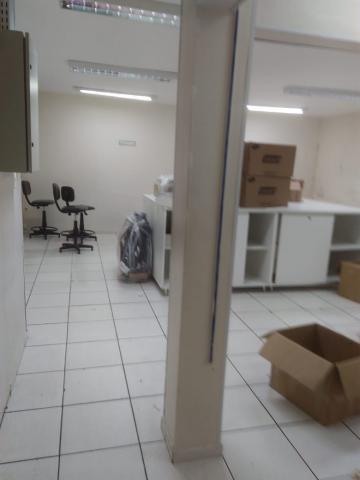 Alugar Comercial / Prédio em São José dos Campos apenas R$ 7.000,00 - Foto 2