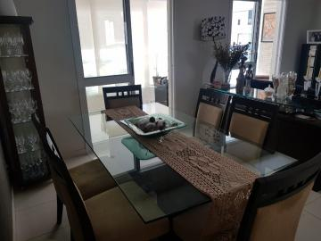 Apartamento / Padrão em São José dos Campos , Comprar por R$595.000,00