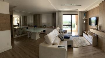 Apartamento / Padrão em São José dos Campos , Comprar por R$450.000,00