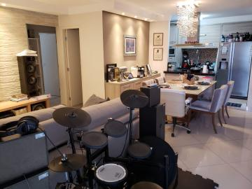 Apartamento / Padrão em São José dos Campos , Comprar por R$500.000,00