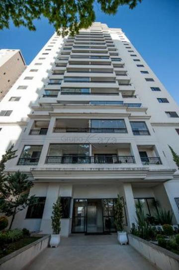 Apartamento / Padrão em São José dos Campos , Comprar por R$560.000,00