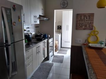 Apartamento / Padrão em Jacareí , Comprar por R$350.000,00