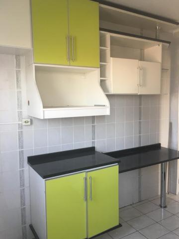 Apartamento / Padrão em Jacareí , Comprar por R$170.000,00