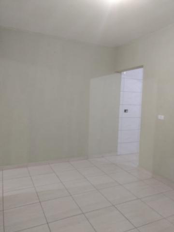 Alugar Casa / Padrão em São José dos Campos apenas R$ 810,00 - Foto 1