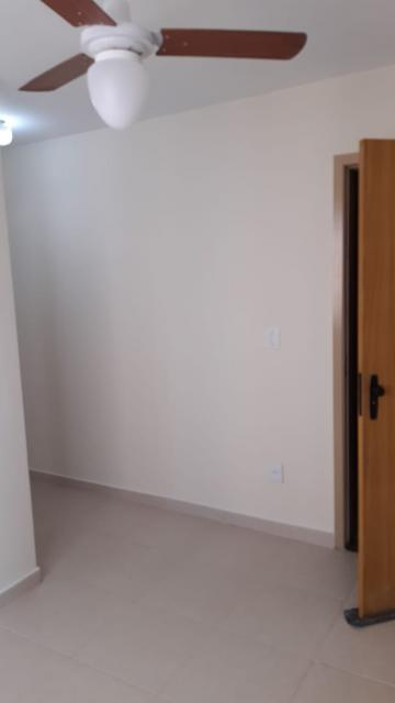 Alugar Apartamento / Padrão em São José dos Campos apenas R$ 900,00 - Foto 1