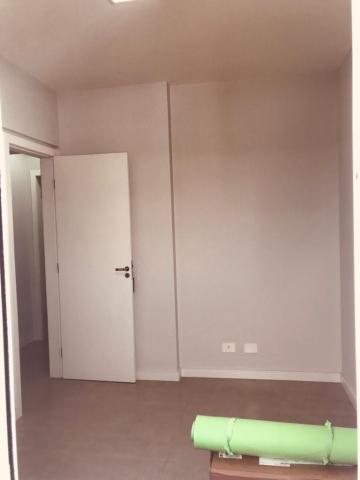 Alugar Apartamento / Padrão em São José dos Campos R$ 1.200,00 - Foto 17