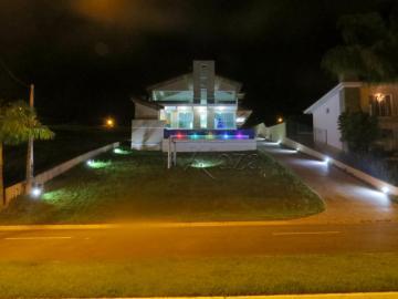 Paraibuna Quinta dos Lagos Casa Venda R$1.200.000,00 Condominio R$400,00 3 Dormitorios 4 Vagas Area do terreno 1000.00m2 Area construida 400.00m2