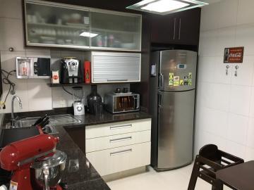 Alugar Apartamento / Padrão em São José dos Campos R$ 2.700,00 - Foto 8