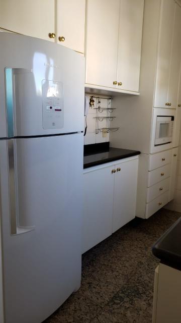 Alugar Apartamento / Padrão em São José dos Campos R$ 1.944,00 - Foto 5