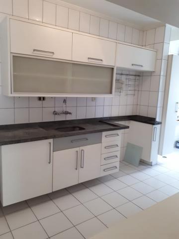 Alugar Apartamento / Padrão em São José dos Campos R$ 2.650,00 - Foto 5
