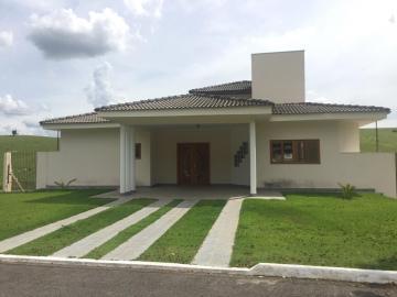 Paraibuna Quinta dos Lagos Casa Venda R$860.000,00 Condominio R$500,00 4 Dormitorios 2 Vagas Area do terreno 1100.00m2 Area construida 450.00m2