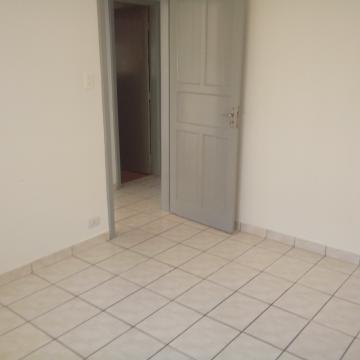 Alugar Casa / Padrão em São José dos Campos apenas R$ 1.200,00 - Foto 4