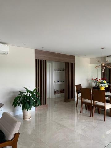 Comprar Apartamento / Padrão em São José dos Campos R$ 1.950.000,00 - Foto 3