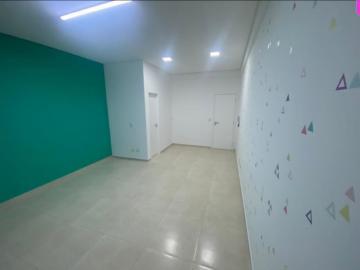 Alugar Comercial / Sala em São José dos Campos R$ 1.100,00 - Foto 2